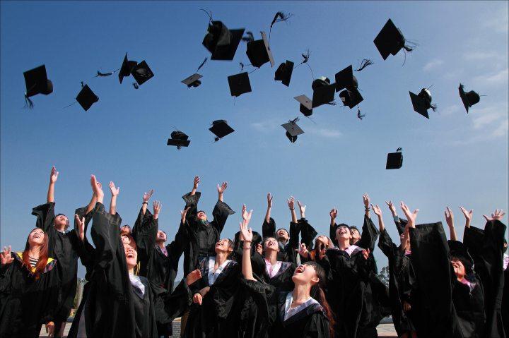 #GradAdvice: A Recent Graduate's Encouragement for the CollegeSenior
